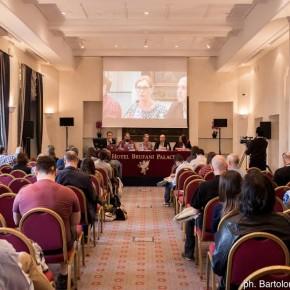 Il trauma secondario dei giornalisti: un problema primario